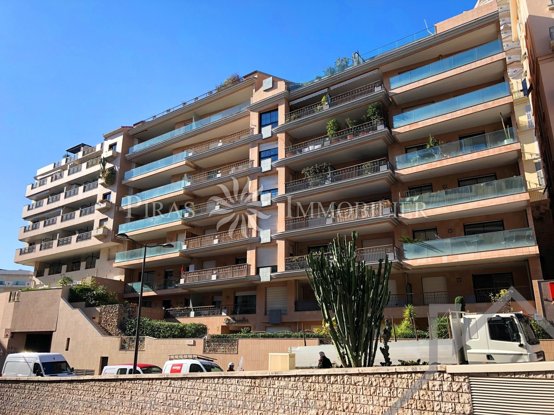 Parador Residence - Condamine Port - 3 Bed Flat - Properties for sale in Monaco
