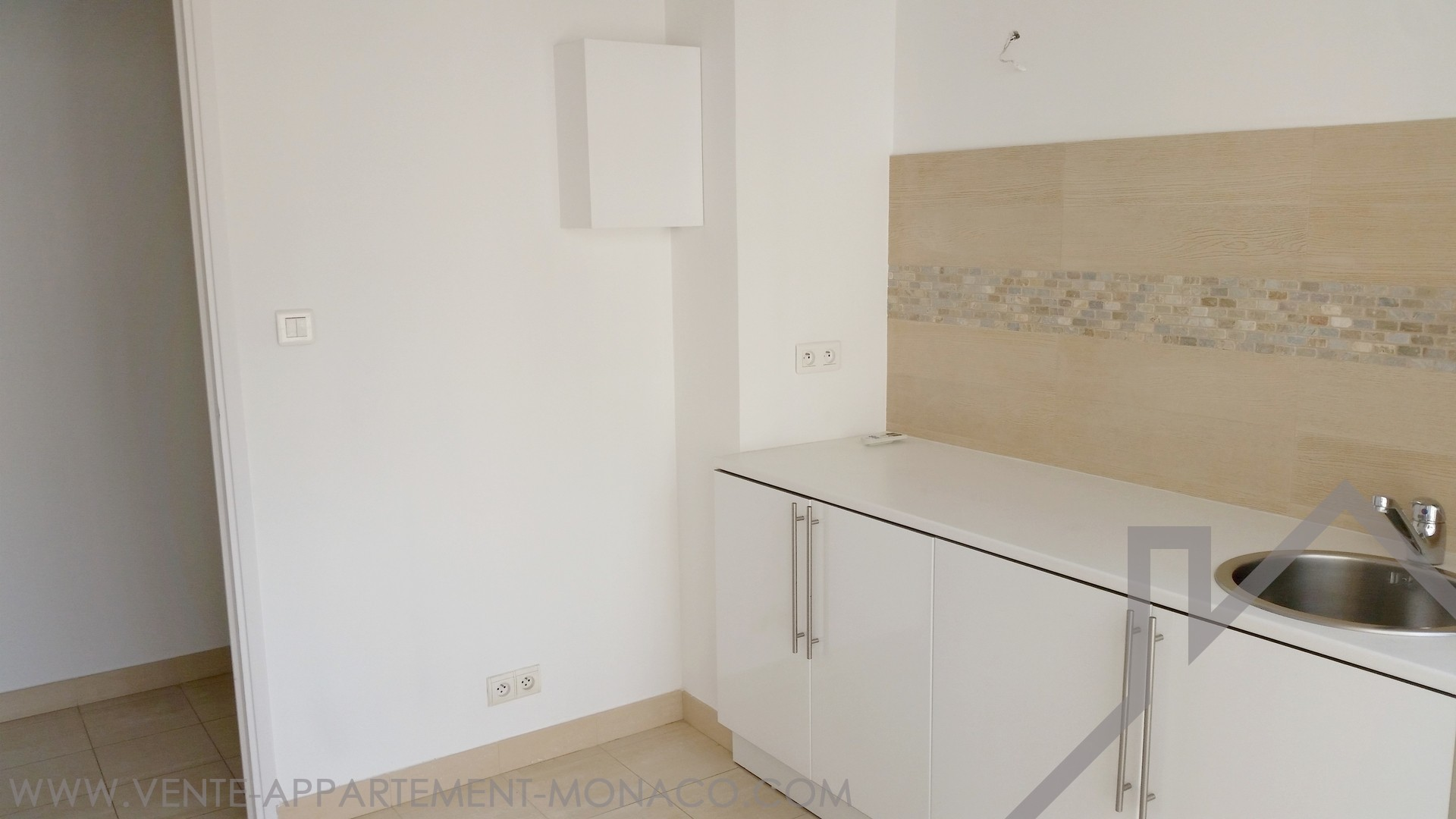 1 Bedroom Apartment Or Office In La Condamine Properties For Sale In Monaco
