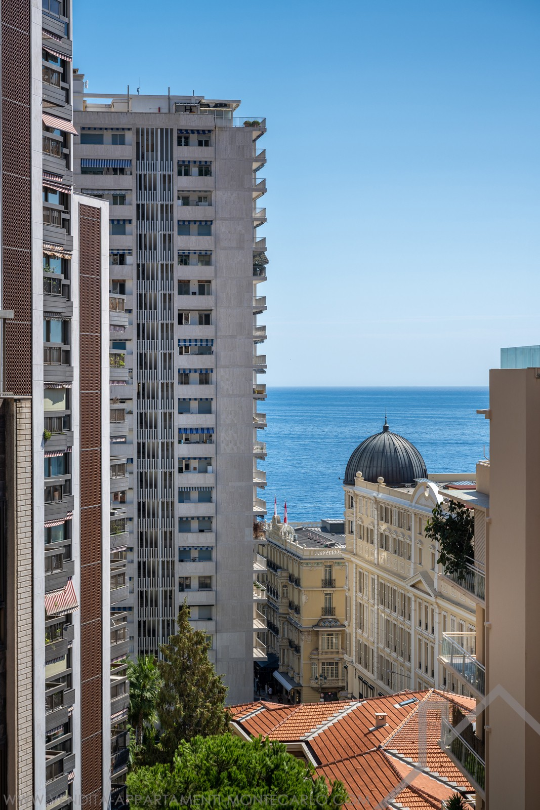 LUXURIOUS 4 ROOM APARTMENT IN CARRÉ D'OR - Properties for sale in Monaco