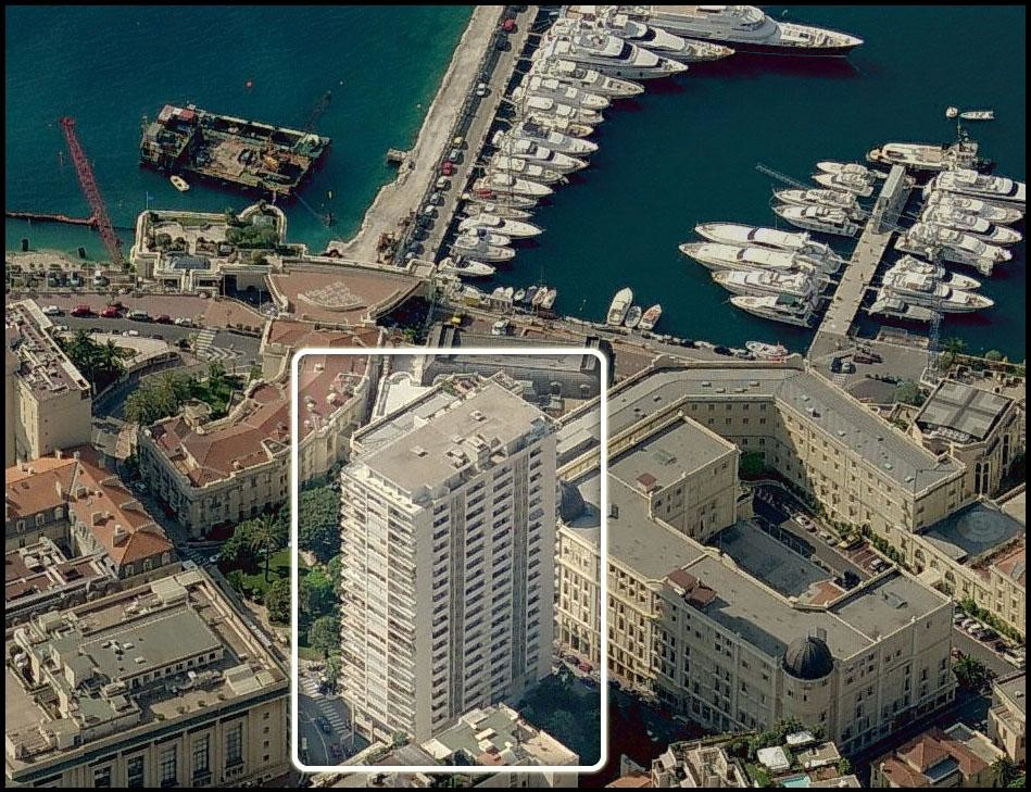 2  EMPLACEMENTS  PARKING -  SUN TOWER - Properties for sale in Monaco