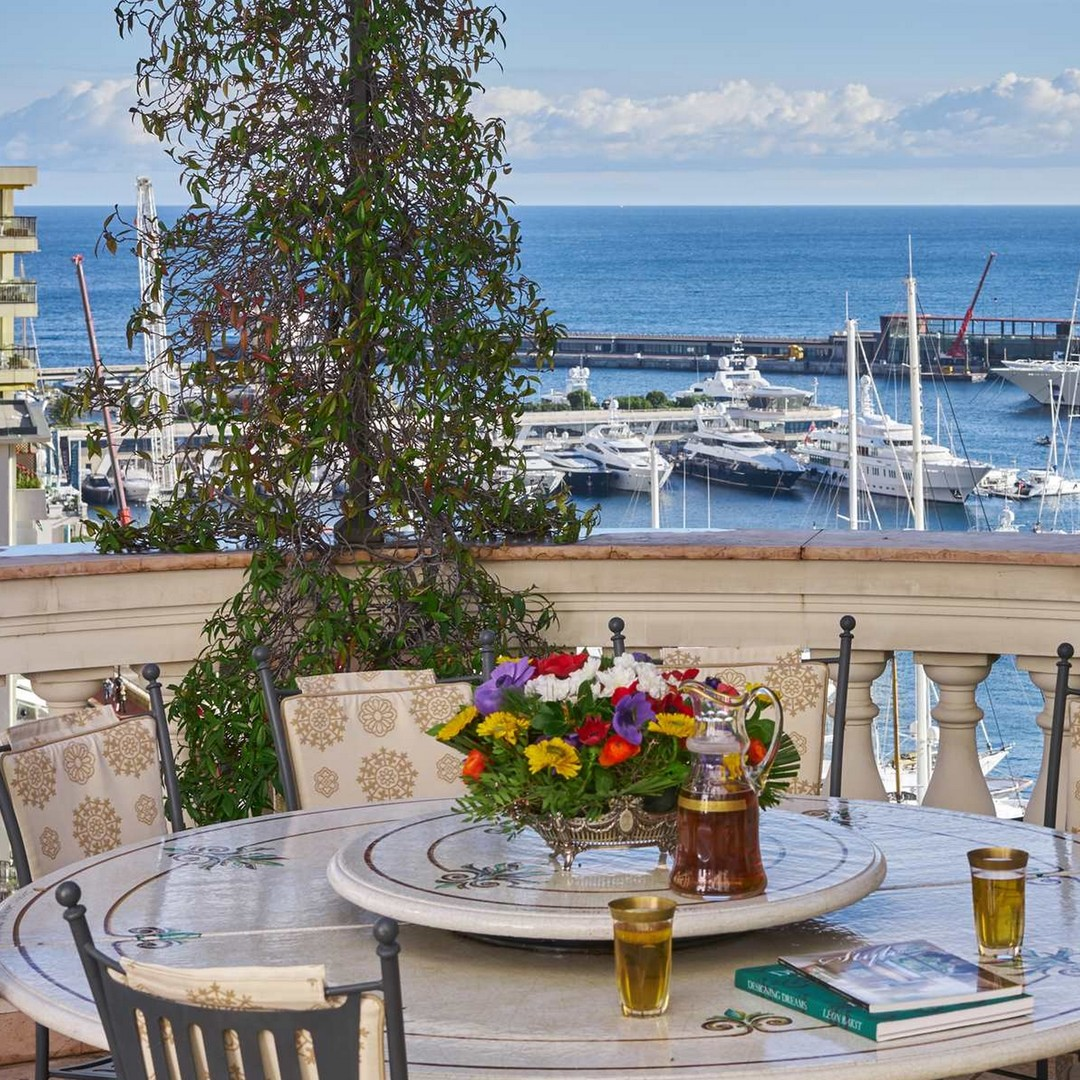 Prestigious villa overlooking the Port - Properties for sale in Monaco