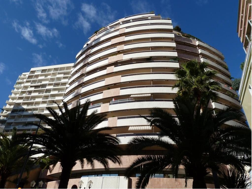 3 APPARTMENTS TO BE UNITE - GREAT SURFACE - Properties for sale in Monaco