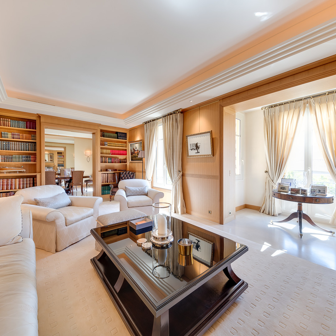 Beautiful 3 bedroom apartment - rue Grimaldi - Properties for sale in Monaco