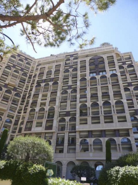 1 bedroom renovated flat for sale - Seaside Plaza - Fontvieille