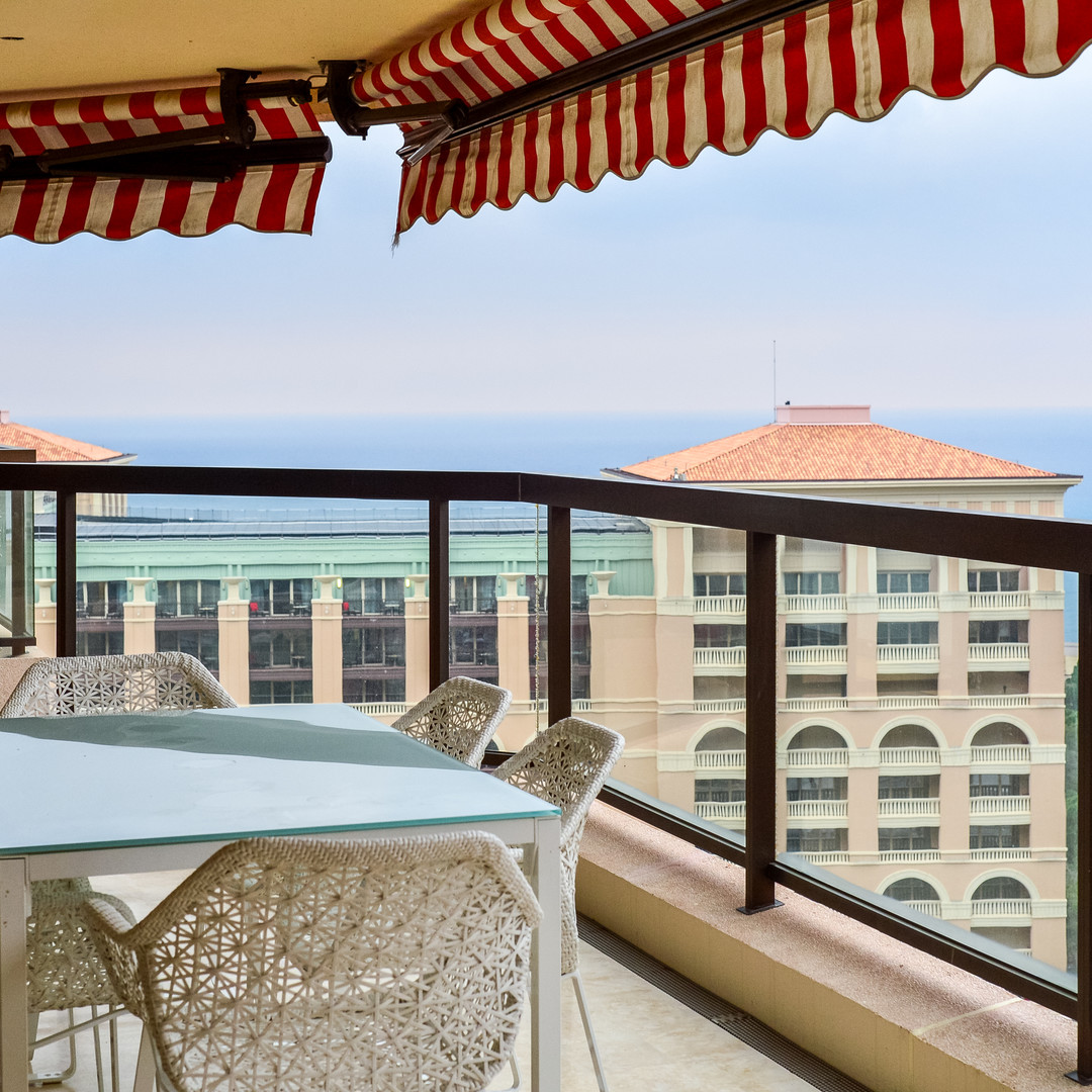 TWO-BEDROOM APARTMENT FOR SALE MONTE-CARLO SUN
