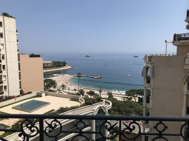 2 ROOMED APARTMENT - LARVOTTO DISTRICT - SEA VIEW
