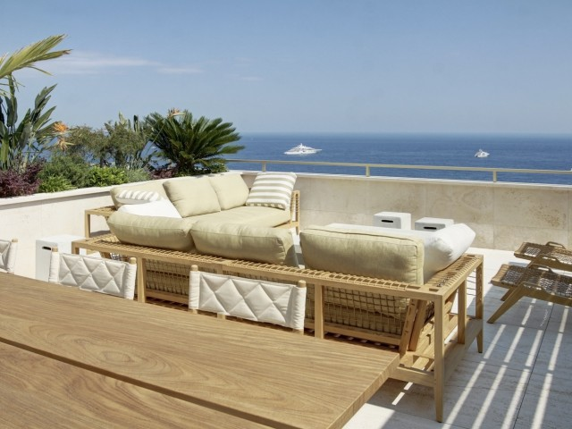 LUXURY DUPLEX PENTHOUSE PRIVATE SWIMMING POOL- 4 BDR