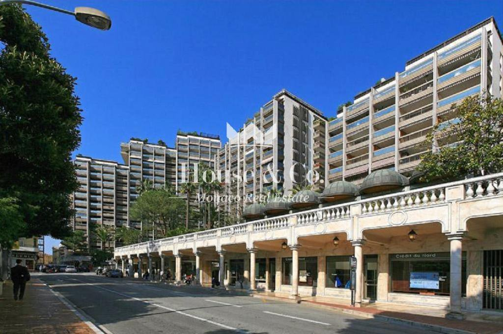 LARGE STUDIO FOR SALE IN MONACO - CARRÉ D'OR
