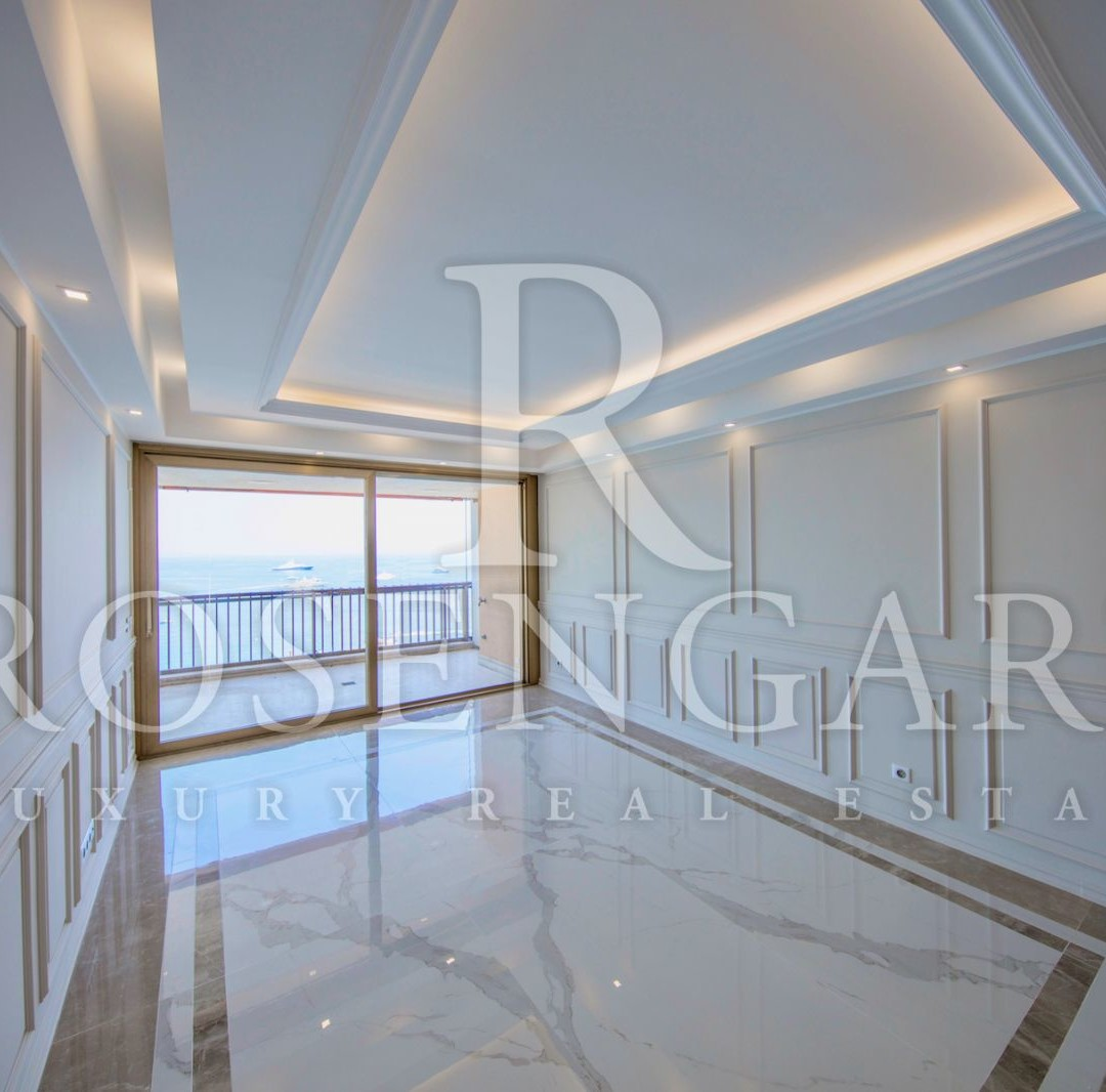 Luxurious 3 Room Apartment with Sea and GP View