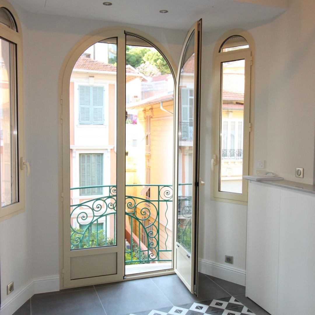 PALAIS BELVEDERE- BEAUTIFUL 2 ROOMS-UNDER LAW 887